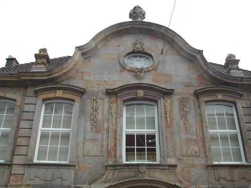 steinhausfront_0.jpg