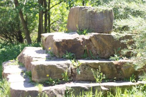 steinpyramide.jpg